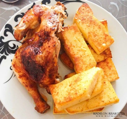 funchi met kaas en halve kip