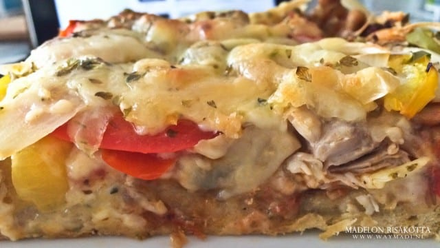 Cheesy Chicken Pizza-7
