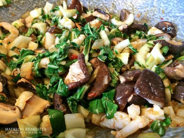 Udon noodles tijgergarnalen shii-takes paksoi gember pandan kokossaus-10