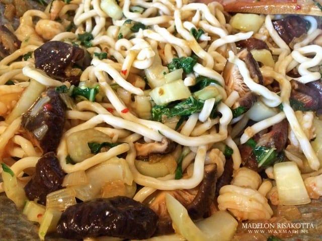 Udon noodles tijgergarnalen shii-takes paksoi gember pandan kokossaus-12
