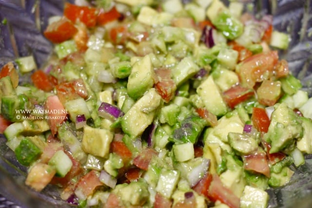 avocadosalade-cr