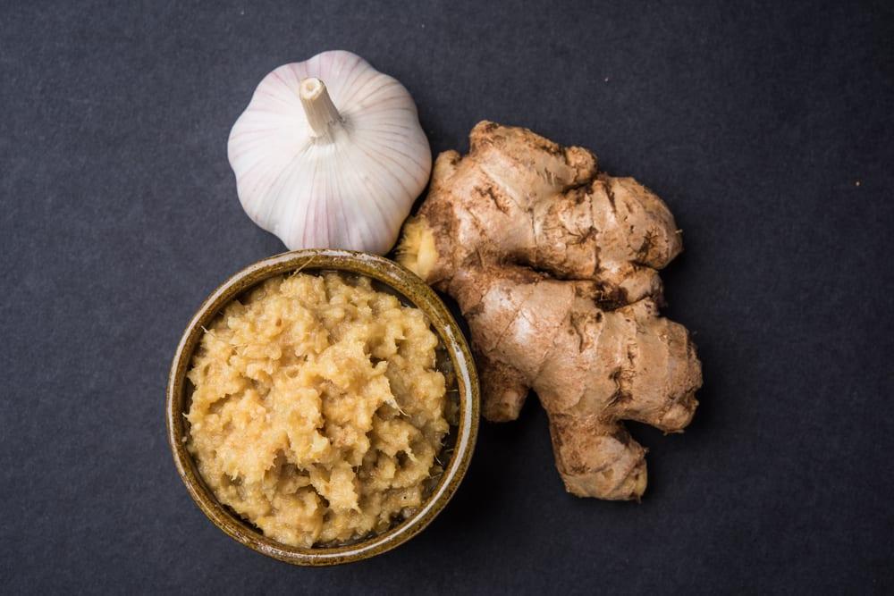 Gember en knoflook pasta