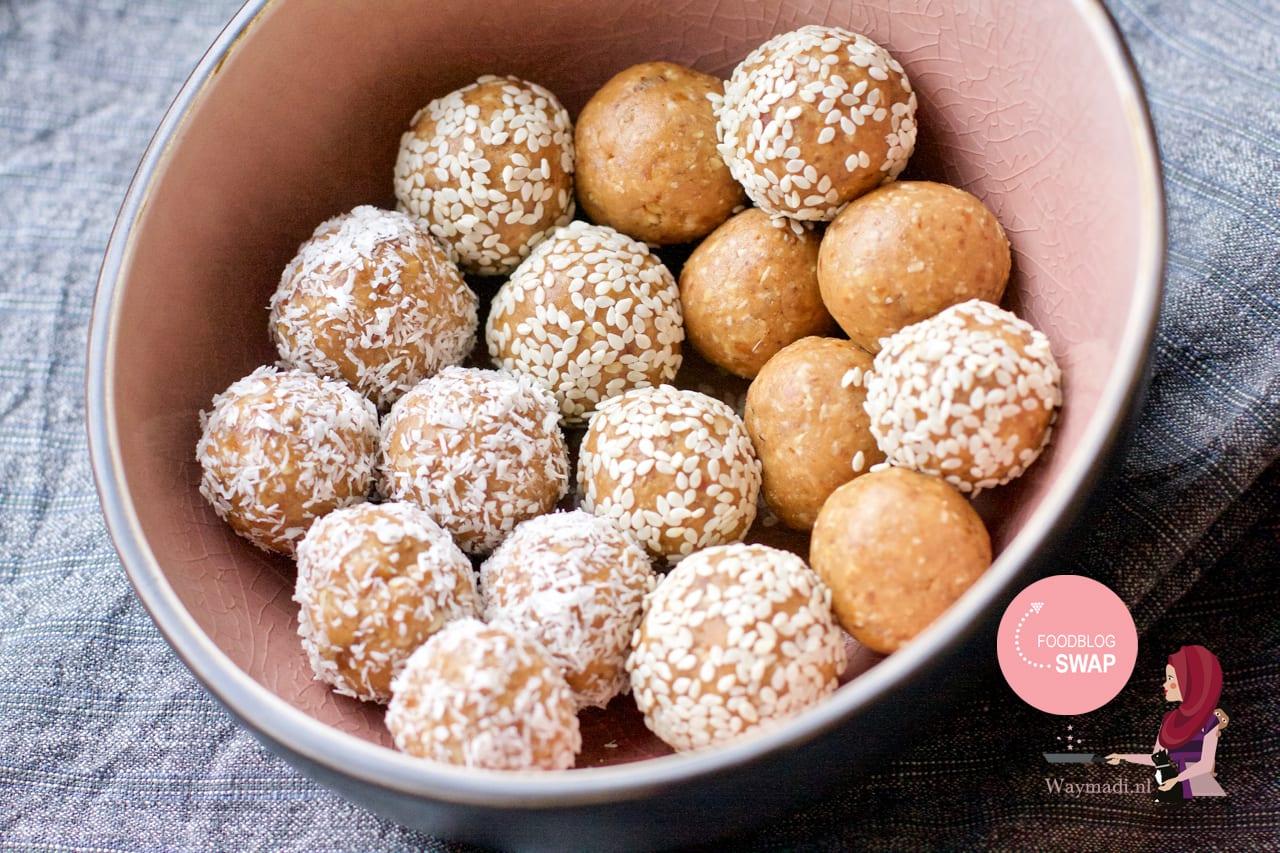 Bliss balls: Dadel pindakaas balletjes #Foodblogswap