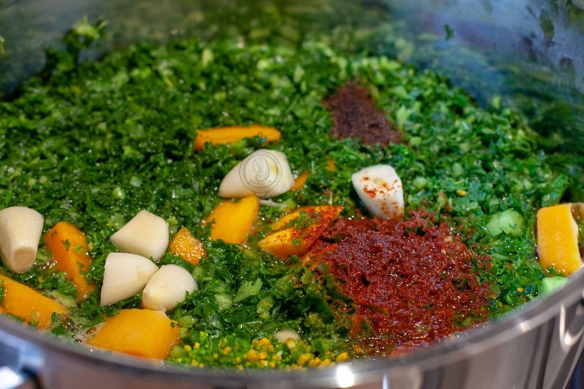 Groentensoep met broccoli, pompoen en boerenkool